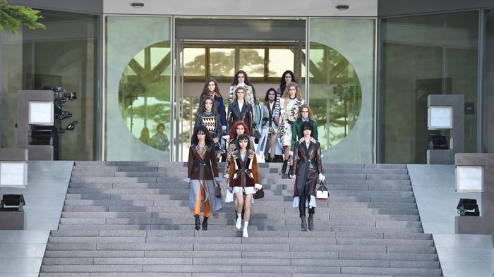 nicolas ghesquière stages his grandest-ever louis vuitton show on a mountain top in kyoto