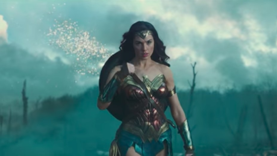 women-only 'wonder woman' screening makes american men feel sad