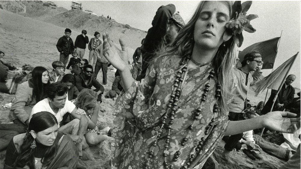 striking portraits of counterculture teens in 60s san francisco