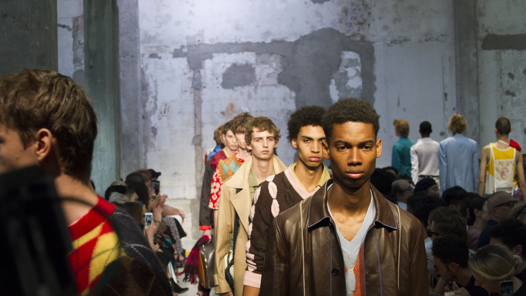 school's out for summer: marni, philipp plein, versace and neil barrett hit milan