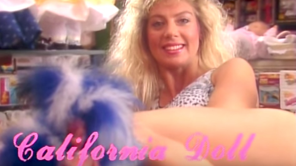 the original 80s 'glow' pilot has just resurfaced and it's incredible