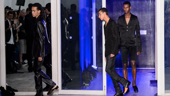 todo lo que necesitas saber para crear tu propia marca de moda