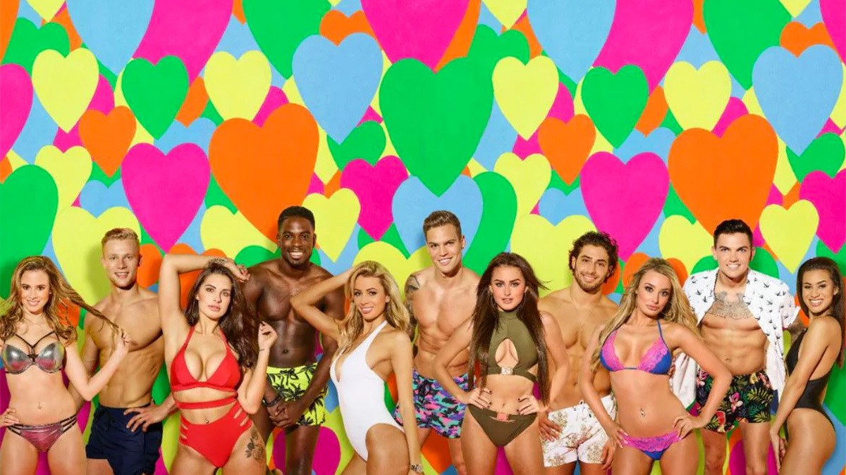 why were we so obsessed with love island?