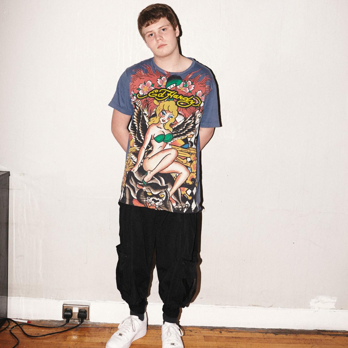 the life and music of jonatan yung lean hastad Check out yung lean's full free discography at mixtapemonkeycom yung lean kicked off his career with the sad boys, a crew with a name that reflected the melancholic nature of lean's music born jonatan leandoer h stad.