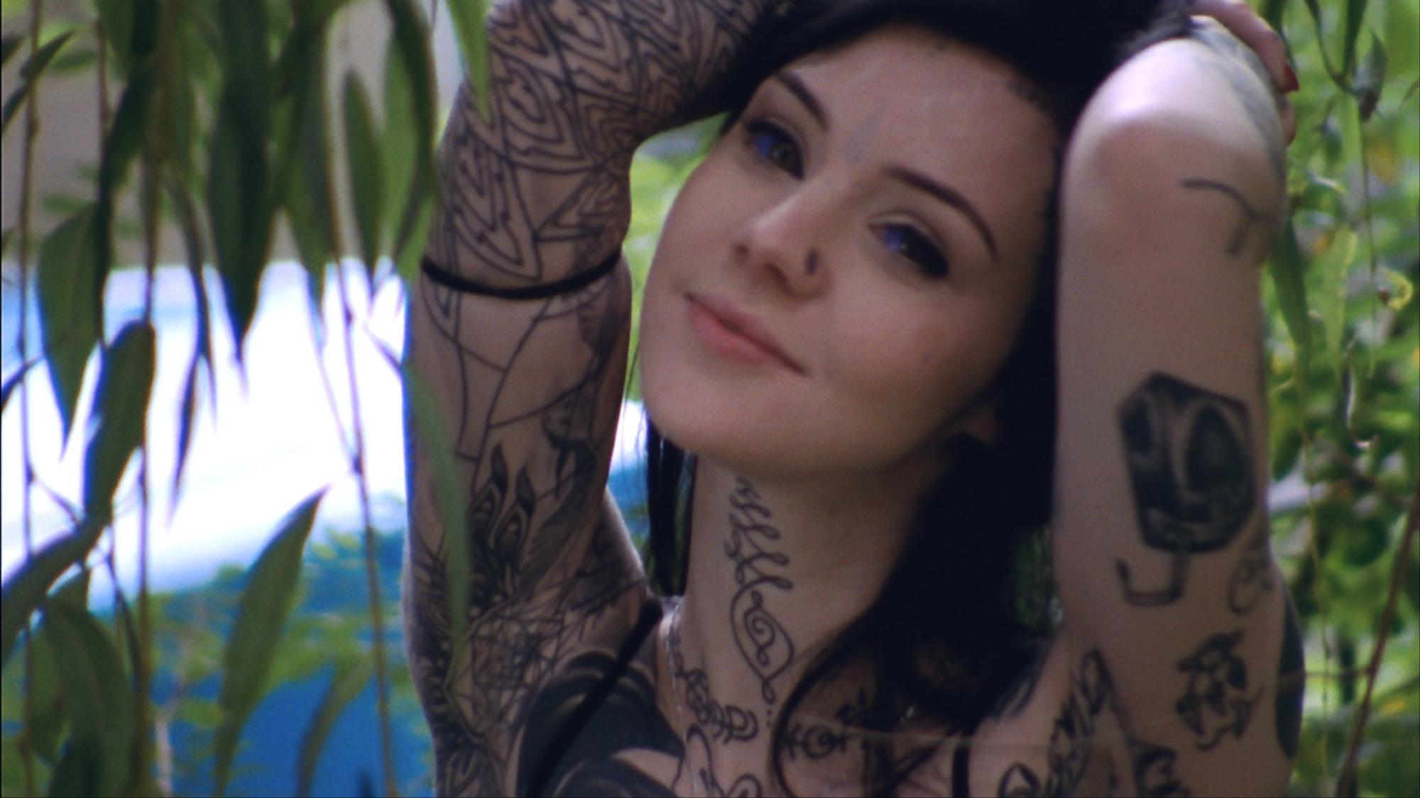 Beauty videos i d for Tattoo girls full episodes
