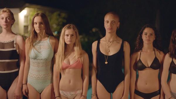 naked hot sexy bitch girls